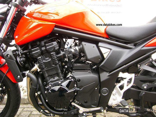 2010 Suzuki GSF 650 N ABS first Hand only 1330 KM new model