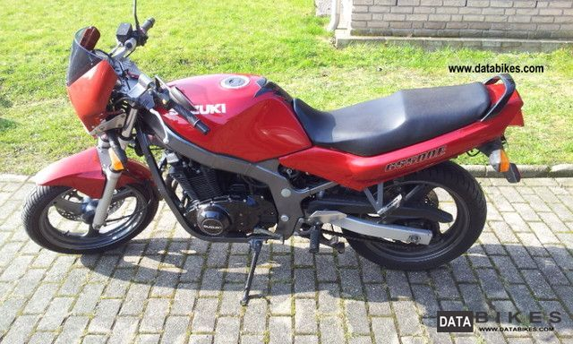 1996 Suzuki  GS 550 E Motorcycle Naked Bike photo