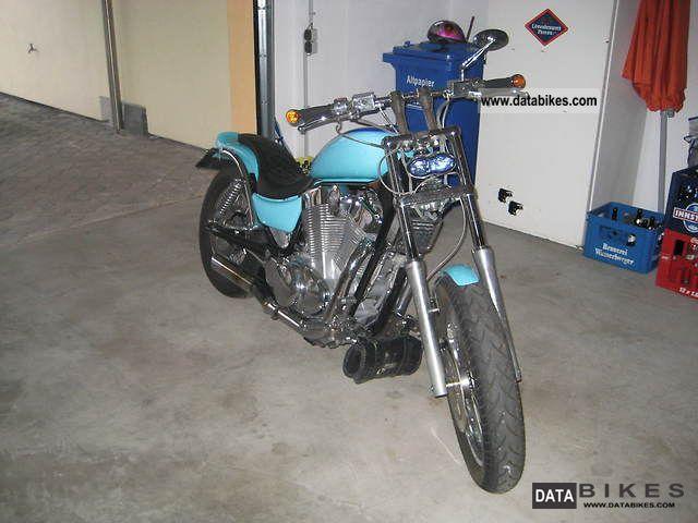 1988 Suzuki  Intruder Motorcycle Chopper/Cruiser photo