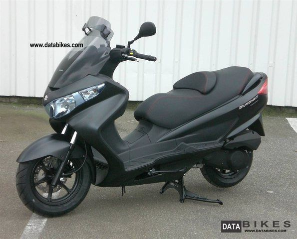 2011 suzuki burgman 125 125 executive uh limited 60 st. Black Bedroom Furniture Sets. Home Design Ideas