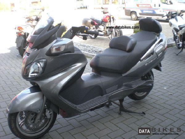 2011 Suzuki  AN 650 AL EXECUTIVE Motorcycle Scooter photo
