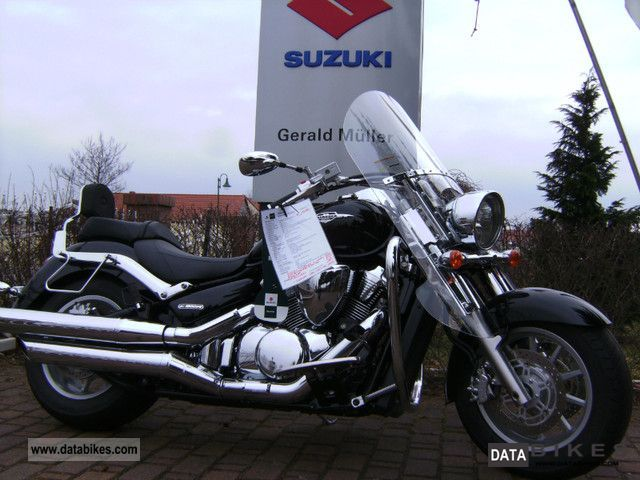 2011 Suzuki  VLR 1800 Motorcycle Chopper/Cruiser photo
