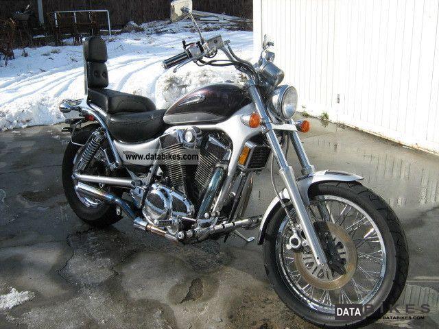 2004 Suzuki  VS 1400 Motorcycle Chopper/Cruiser photo