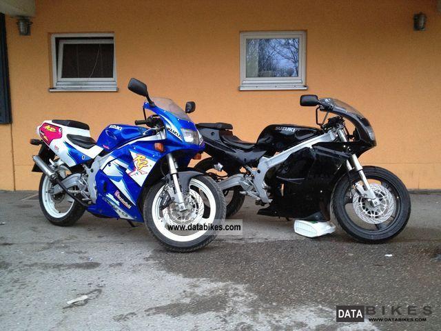 Suzuki  2x RG 125 F Gamma 1993 and 1997, BJ 1993 Sports/Super Sports Bike photo