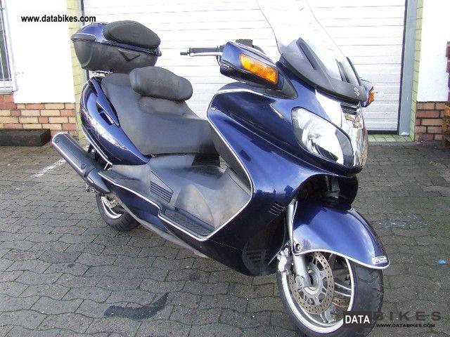 2002 Suzuki  AN650 Motorcycle Scooter photo