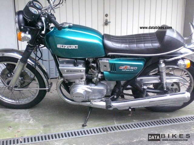 Suzuki  GT 550 1973 Vintage, Classic and Old Bikes photo