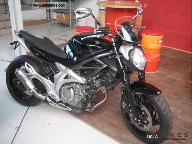 2010 Suzuki  Gladius Motorcycle Motorcycle photo