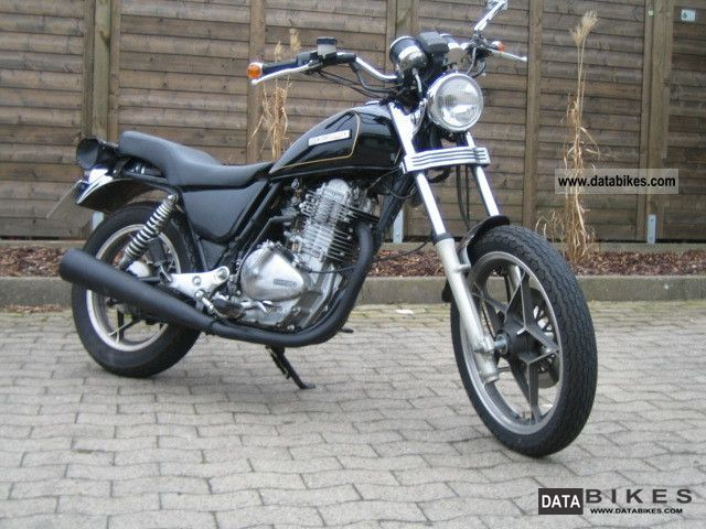 1981 Suzuki  GN 400 Motorcycle Chopper/Cruiser photo