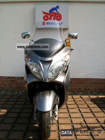 2011 Suzuki  AN 400 A L0 Motorcycle Scooter photo