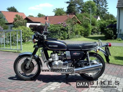 Suzuki  GT 750 (water buffalo) 1978 Vintage, Classic and Old Bikes photo