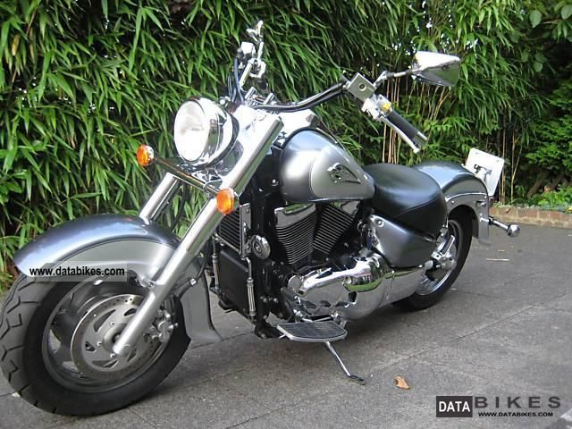 2004 Suzuki  VL 1500 LC Intruder excellent condition Motorcycle Chopper/Cruiser photo