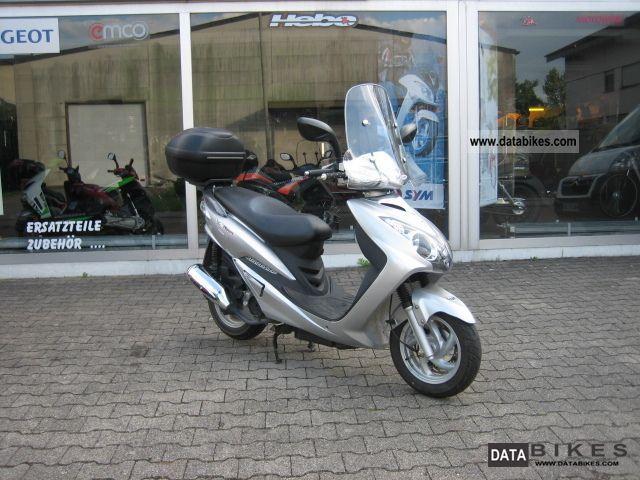 SYM  VS 125 2008 Scooter photo