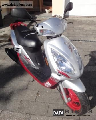 2011 SYM  Red Devil Motorcycle Motor-assisted Bicycle/Small Moped photo
