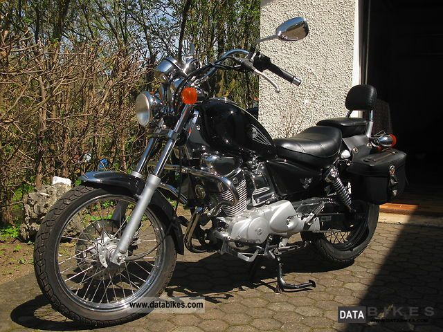 2004 SYM  Husky Motorcycle Motorcycle photo