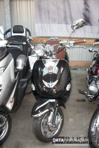 2010 tauris cubana 125 4t mint like vespa. Black Bedroom Furniture Sets. Home Design Ideas