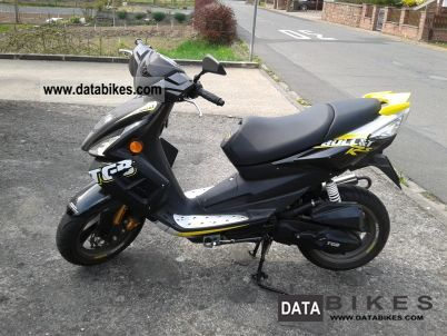 2011 TGB  Bull RS & T Motorcycle Motor-assisted Bicycle/Small Moped photo