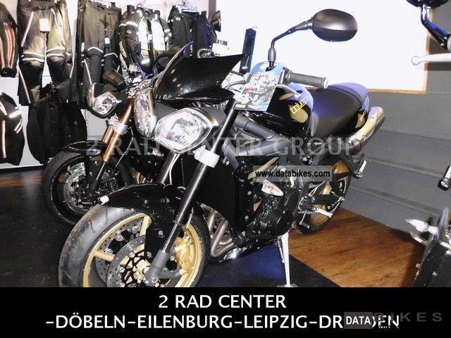 2011 Triumph  Street Triple R + 675, - € Accessories / Dresden Motorcycle Motorcycle photo