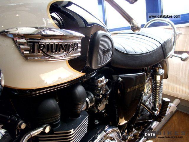 2009 Triumph  Bonneville T100 like new Motorcycle Motorcycle photo