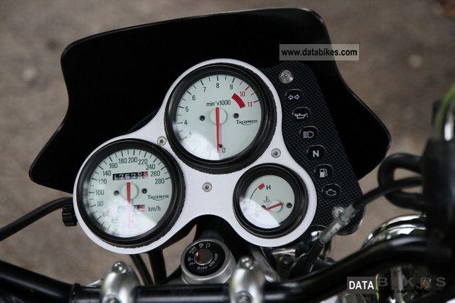 2001 Triumph Speed Triple 955i