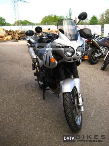 2004 Triumph  TIGER I 955 a few miles Motorcycle Enduro/Touring Enduro photo