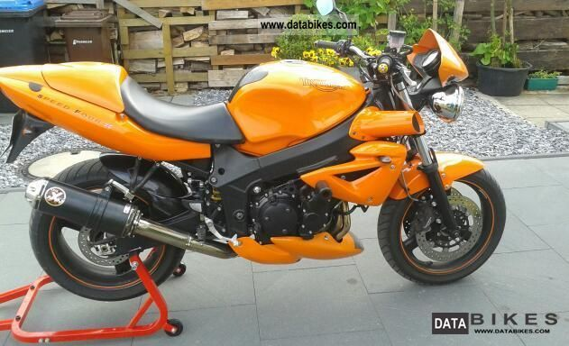 2003 Triumph  Speed Four Motorcycle Naked Bike photo