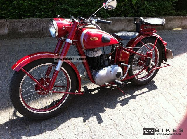 Triumph  BDG250S 1950 Vintage, Classic and Old Bikes photo
