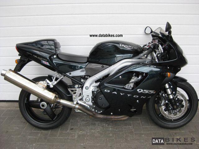 2005 Triumph  955i Daytona 9018 km 1.Hand checkbook Motorcycle Sports/Super Sports Bike photo