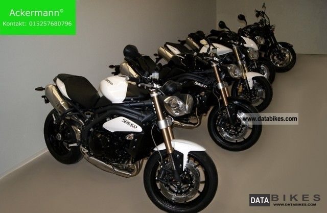 2011 Triumph  New Explorer 1200 - 2012/weiss/schwarz Motorcycle Motorcycle photo