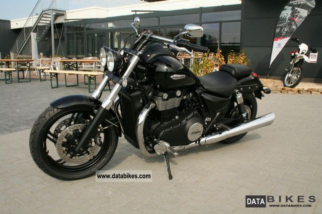 2011 Triumph  Thunderbird Storm ABS Motorcycle Chopper/Cruiser photo