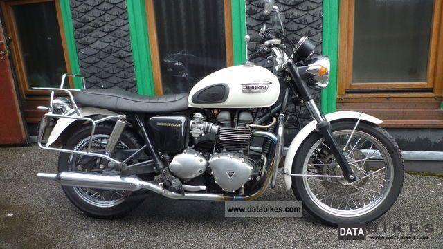 2007 Triumph  Bonneville Motorcycle Tourer photo