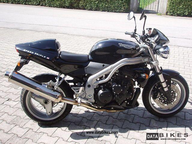 2002 Triumph  Speed Triple Motorcycle Naked Bike photo