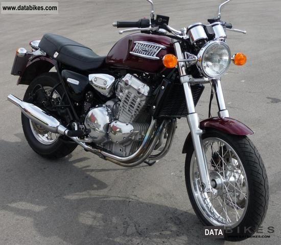 1996 Triumph  Thunderbird Motorcycle Naked Bike photo