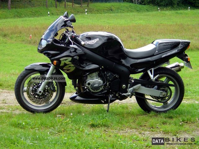 2003 Triumph  Sprint RS Motorcycle Sport Touring Motorcycles photo