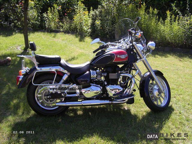 2007 Triumph  America Motorcycle Chopper/Cruiser photo