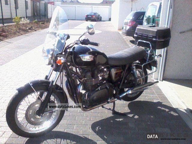 2005 Triumph Bonneville T100