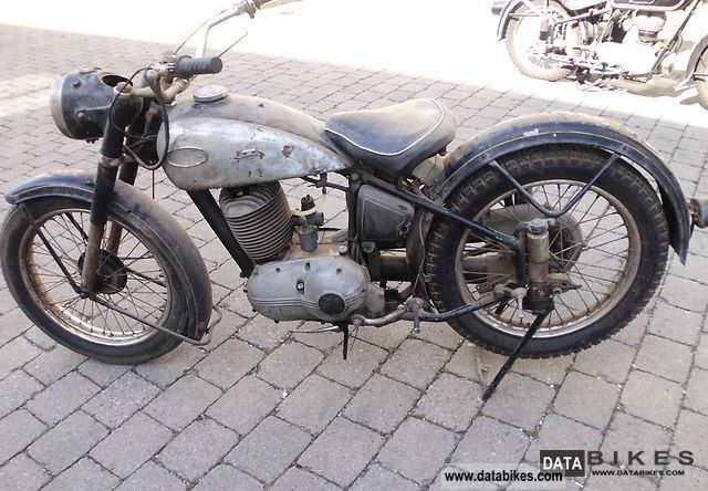 Triumph  BDG 250 H 1954 Vintage, Classic and Old Bikes photo