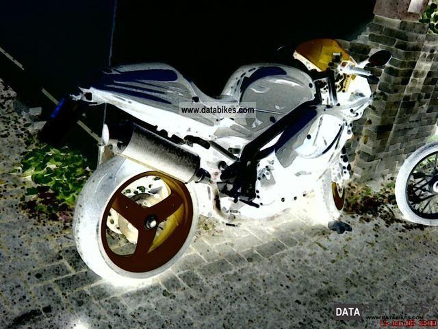 2000 Triumph  DAYTONA Motorcycle Sports/Super Sports Bike photo