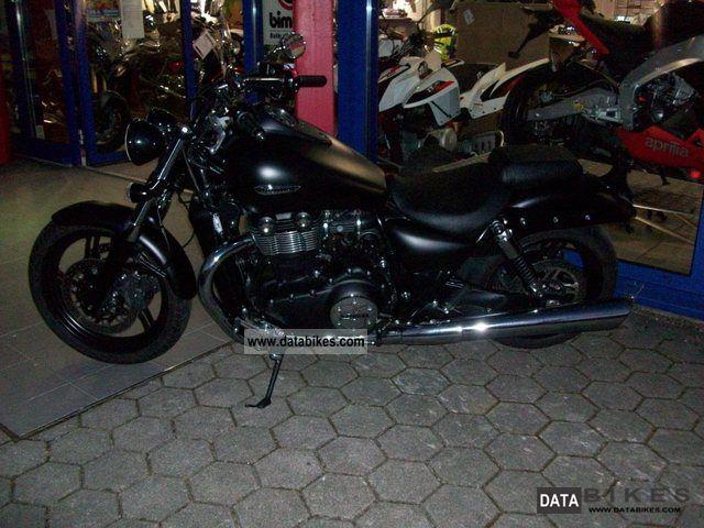 2011 Triumph  Thunderbird Storm Motorcycle Chopper/Cruiser photo
