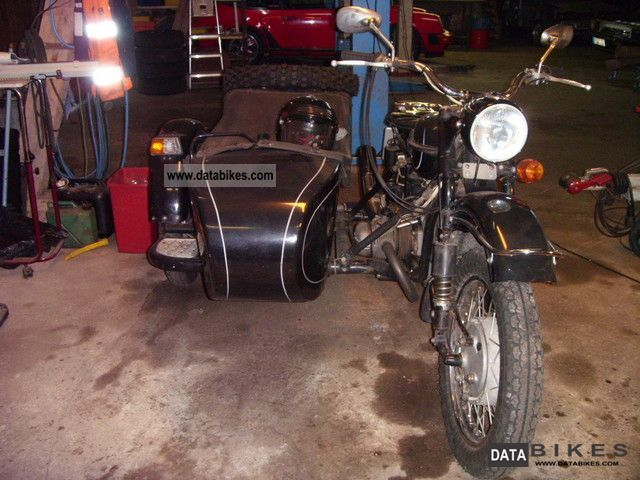 1996 Ural  650 Motorcycle Combination/Sidecar photo