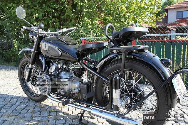 Ural  M72 TOP - Restored state 1952 Vintage, Classic and Old Bikes photo