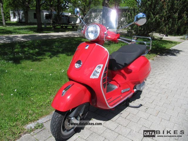 Vespa  GTS 250 ABS 2008 Scooter photo