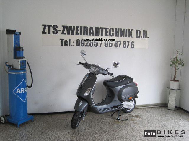 2011 Piaggio Vespa LXV 50