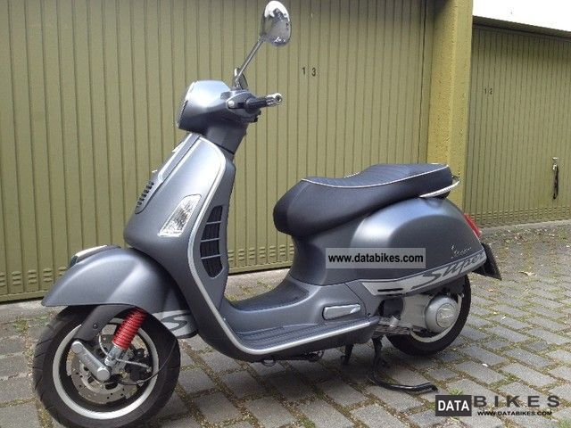 2011 vespa gts 300ie super sport. Black Bedroom Furniture Sets. Home Design Ideas