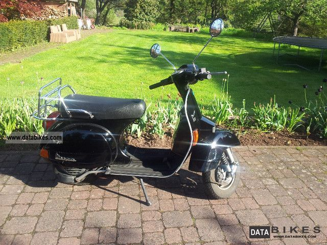 2000 Vespa  P 125 X Motorcycle Scooter photo