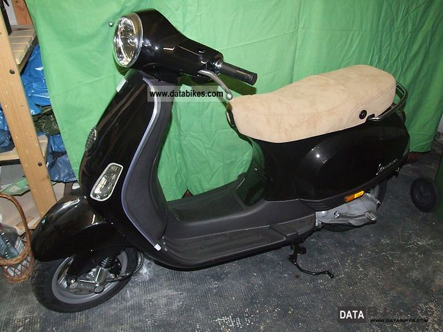 2009 Vespa  LX 50 Motorcycle Motor-assisted Bicycle/Small Moped photo