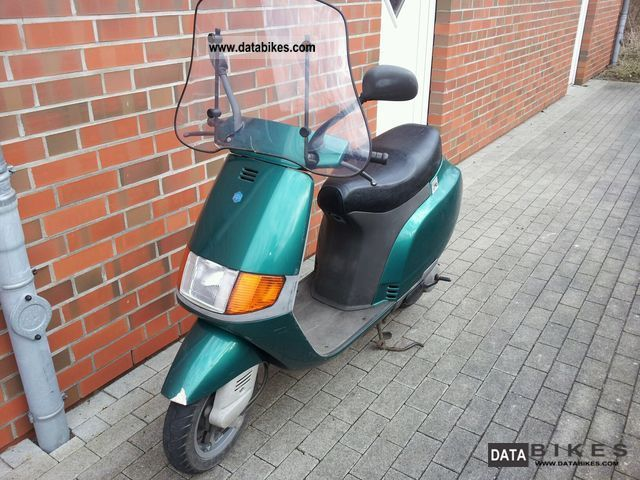 1991 Vespa  Type NSL Motorcycle Scooter photo