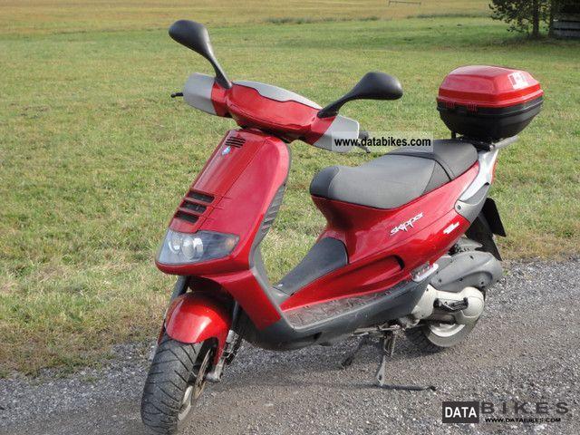 Vespa  Skipper 2000 Scooter photo