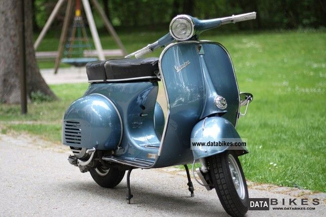 Vespa  VNB1T --- year 1960 --- 1961 Vintage, Classic and Old Bikes photo