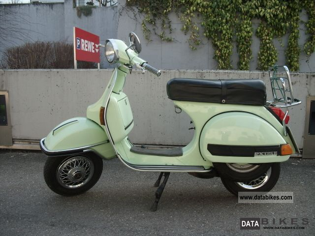 Vespa  PX125 1978 Vintage, Classic and Old Bikes photo