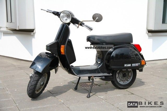 Vespa  PX 200 E Lusso 1995 Scooter photo
